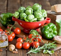Using Fresh Foods to Manage Their Chronic Ailments