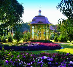 Holiday at the Dallas Arboretum,  Featuring 12 Days of Christmas